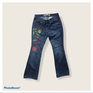 Gap low rise bootcut embroidered jeans